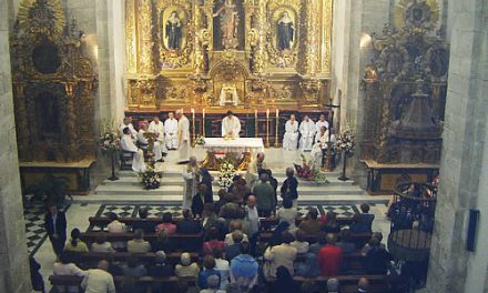 The Augustinian Recollects nuns celebrate their 375th year in Pamplona and they put their patrimony in Palencia in restoration