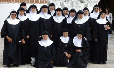 Medio centenar de agustinas recoletas de clausura se reúnen para estudiar la figura de san Agustín