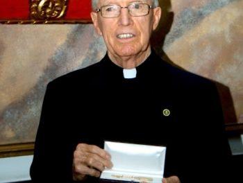 El agustino recoleto que fundó la Universidad Católica Santa María La Antigua de Panamá recibe las llaves de la ciudad