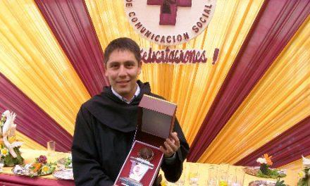 El joven agustino recoleto Nicolás Vigo, Premio Nacional de Periodismo