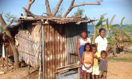 Esperanza Pascual en la isla de Mambakayao