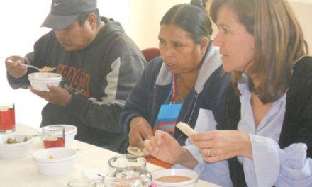 La familia del presidente mexicano celebra la Navidad con los beneficiarios del CARDI agustino recoleto