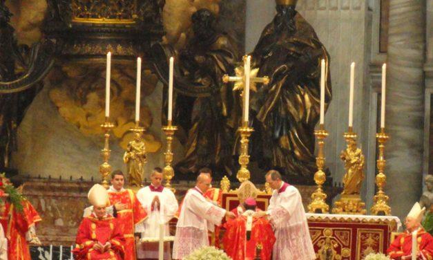 The Pope  imposes the pallium to Msgr. Mario Molina