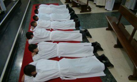 Siete agustinos recoletos procedentes de cinco países, ordenados diáconos en una fiesta agustiniana
