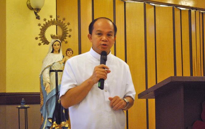 En Filipinas se preparan para acoger las nuevas Constituciones en inglés
