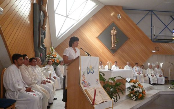 Clausura Centenario Religiosas Familias