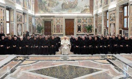 El Papa Francisco ha recibido en audiencia a los agustinos recoletos del LV Capítulo General