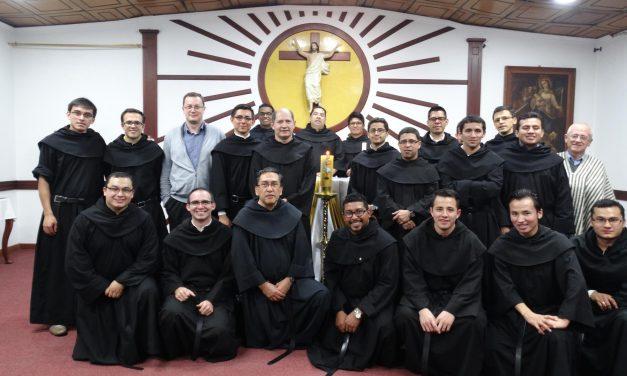 Francisco Javier Monroy, presidente del Secretariado General de Espiritualidad y Formación, se reúne en Colombia con los equipos de formación de las provincias de N. T Consolación y N. S. Candelaria