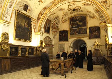 """El programa """"Comando Actualidad"""" de TVE visita los Monasterios de Yuso y Suso"""
