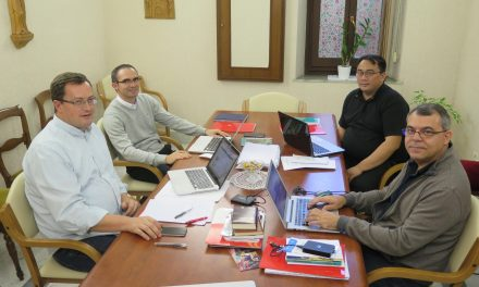 La Comisión de Formación Inicial comienza a estudiar los cambios del programa actual