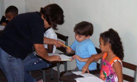 Más de 850 niños en situación de pobreza en cinco países recibirán educación con ARCORES