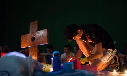 """""""Dios es joven porque la juventud es novedad y Dios es siempre nuevo"""""""