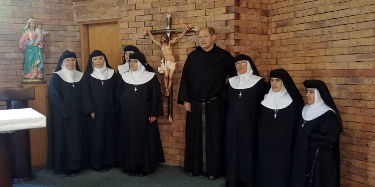 La familia agustino recoleta crece en Colombia