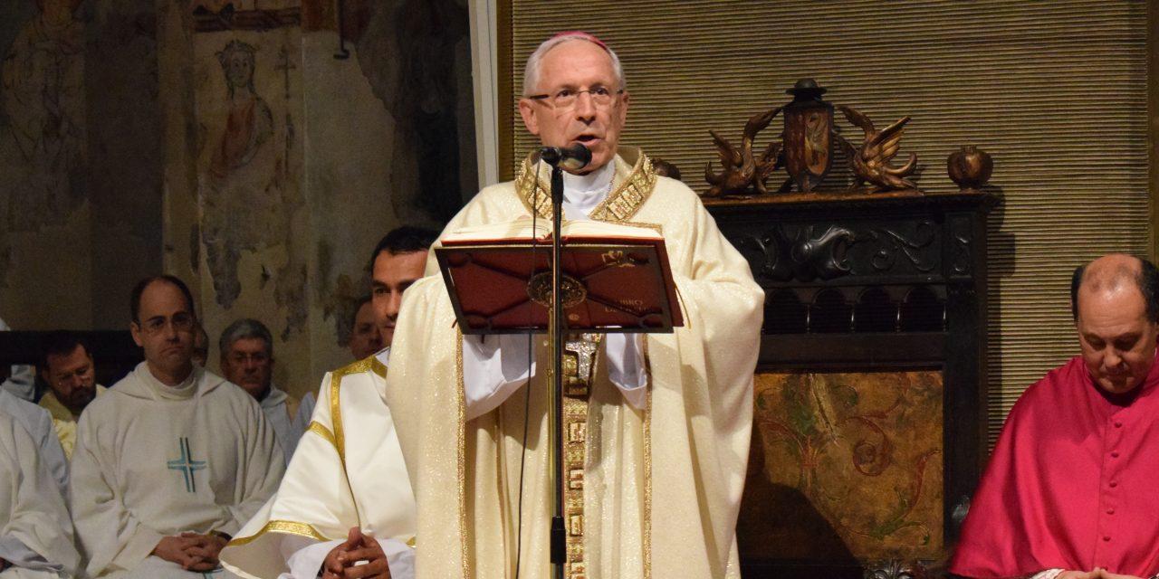 Mons. Eusebio Hernández: 50 años al servicio de la Iglesia